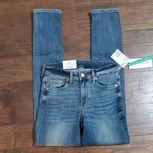NWT H&M skinny Jean's size 27